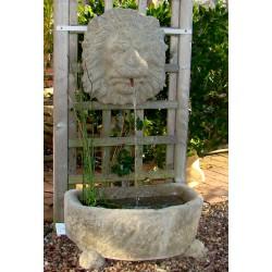 Wandbrunnen Löwenkopf